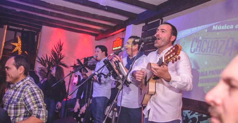 Compasito flamenco en concierto en Cachaza Café