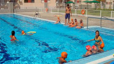 Temporadas de piscinas Dos Hermanas