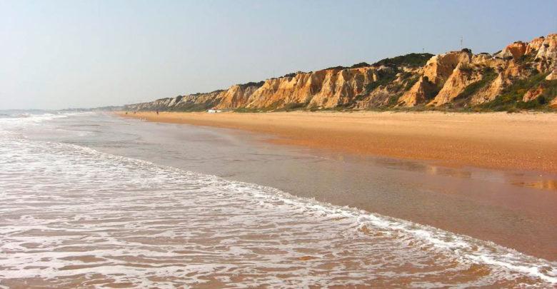 Photo of Excursión a la Playa de Mazagón (Huelva) organizada por CSD Vistazul