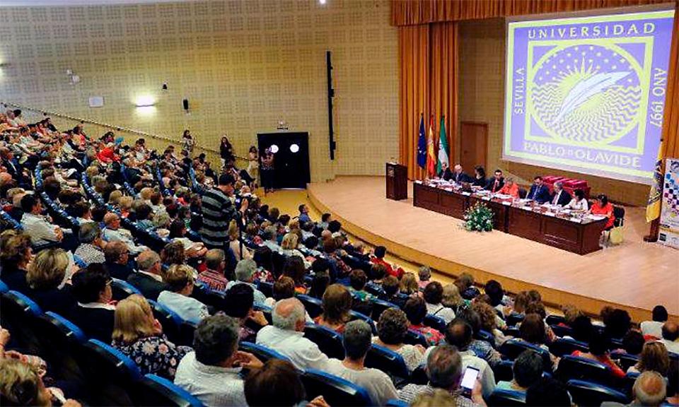 Aula Abierta de Mayores en la Universidad Popular
