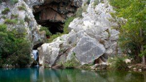 Cueva del Gato en Málaga visita organizada por Ateneo Dos Hermanas