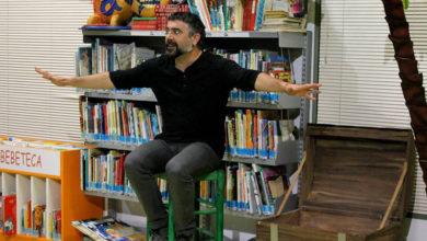 """Photo of Las Bibliotecas Cuentan """"Quiosco de historias"""" con Diego Magdaleno"""